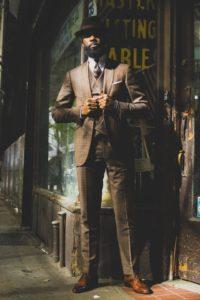 Jakie nakrycie głowy do płaszcza męskiego?
