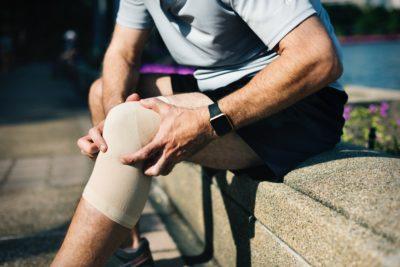 Bóle stawów - jak sobie z nimi poradzić